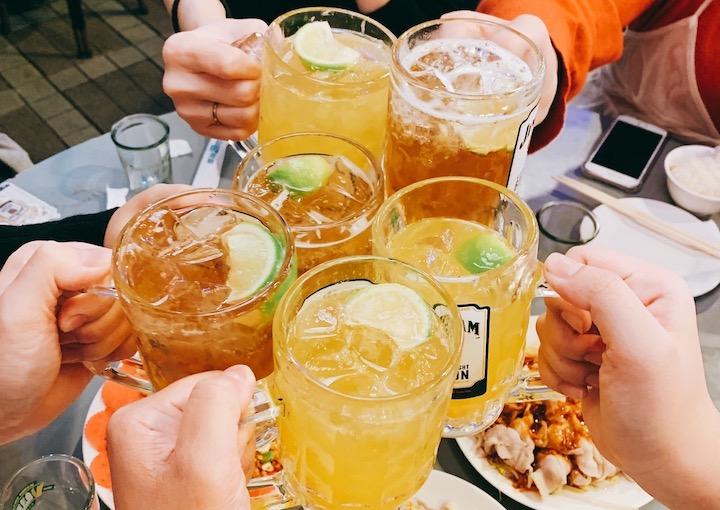 一期一会!リゾートバイトで出会った仲間と飲み会をしていました!