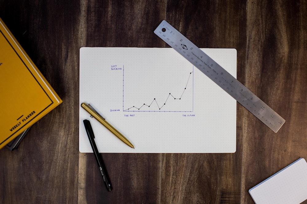 筆者は米国株式を毎月買い増ししつつ、仮想通貨に積極投資!